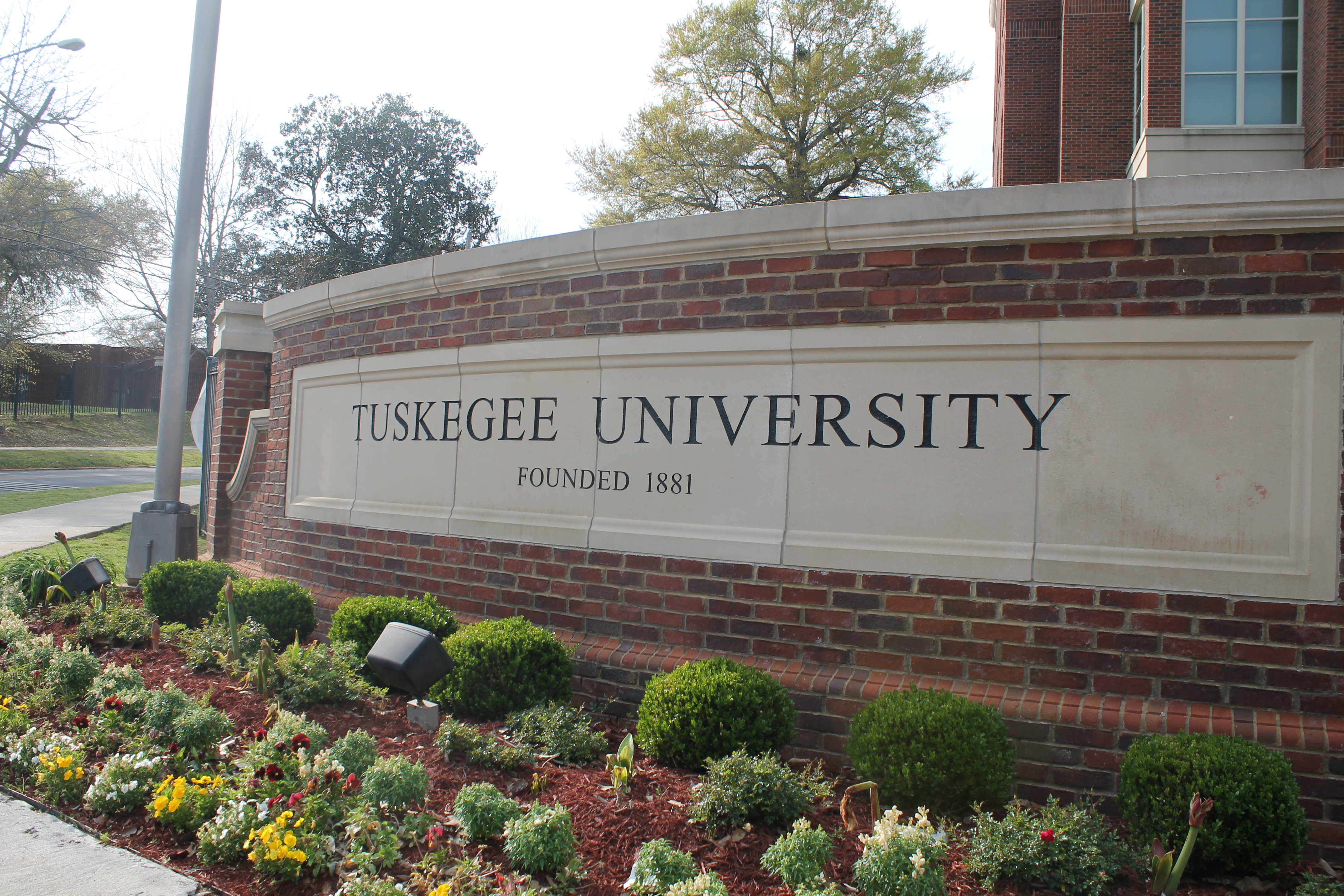 tuskegee institute jewish dating site Description: tuskegee institute national historic site is inextricably bound to the history of two illustrious men: booker t washington and george washington carver both born into slavery, each achieved personal successes and left legacies that were almost unimaginable for african-americans in the 19th and early 20th centuries.